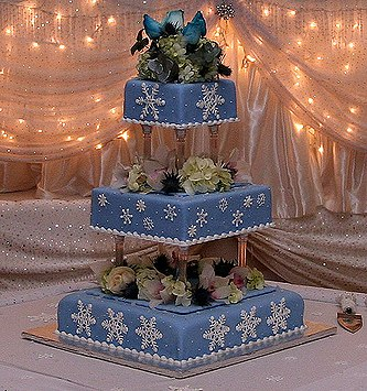 winter-snowflake-cake.jpg