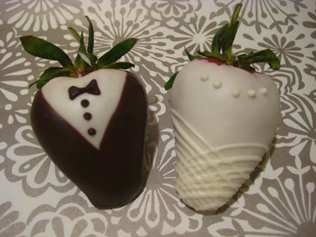Bride and Groom Chocolate-dipped strawberry wedding favors