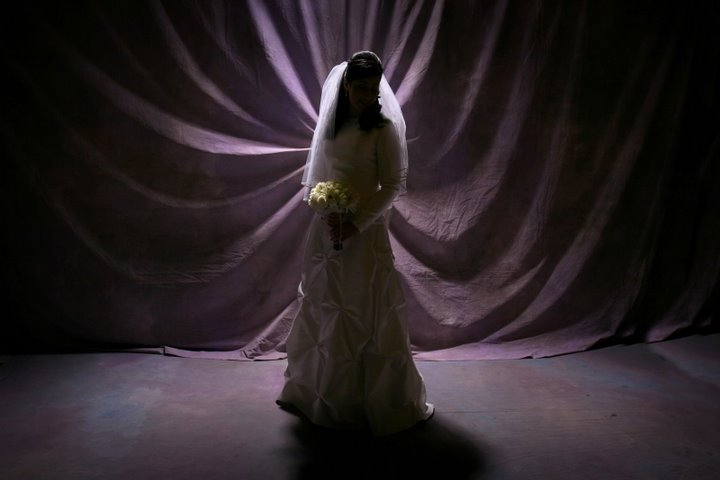 Back-lighting for Breathtaking Wedding Pictures