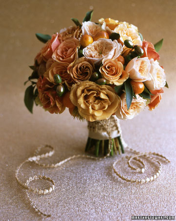 Read more Fall Bridal Bouquets below Here 39s a bold floral statement