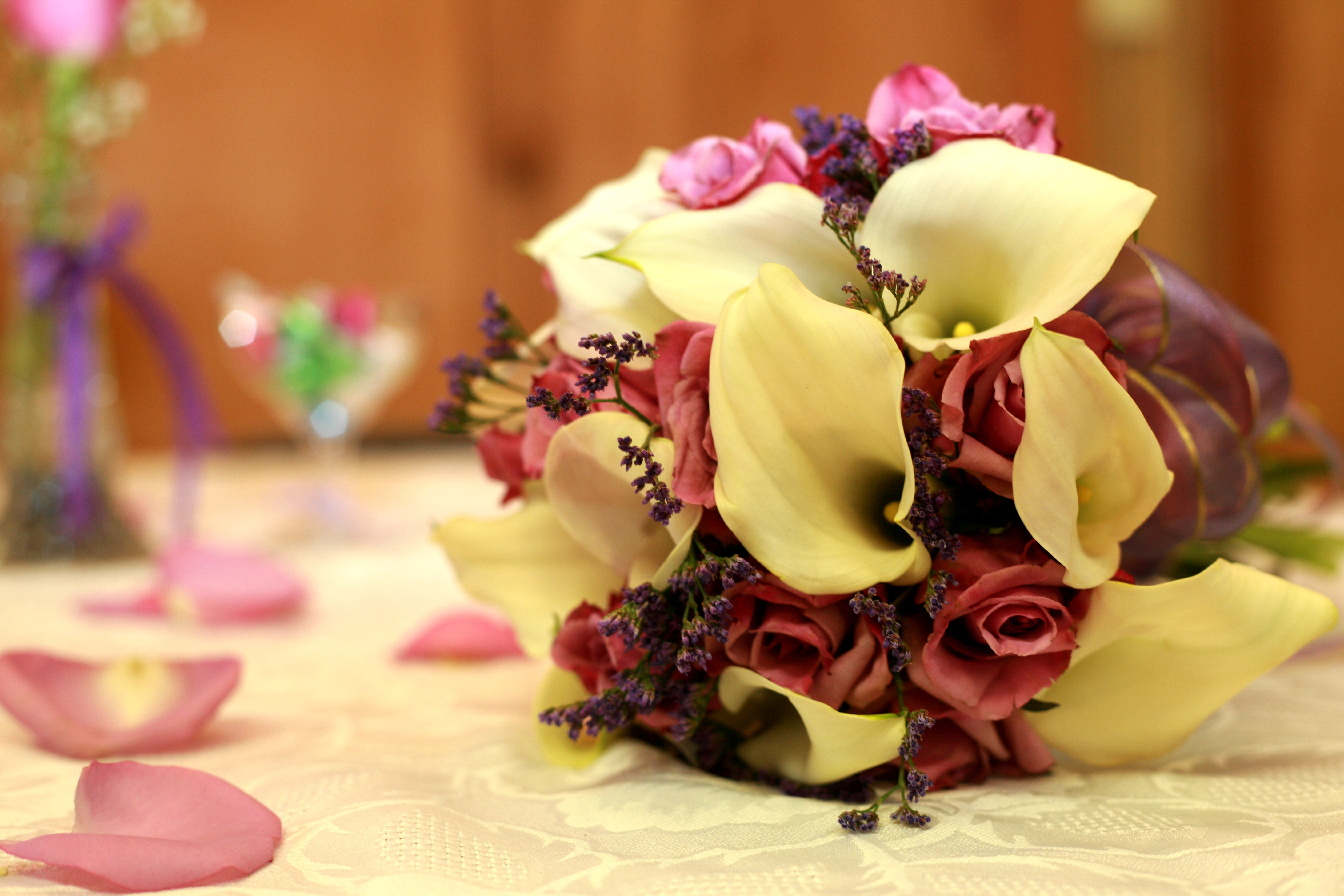 Wedding Flowers Fall 2010 Trends & Inspiration